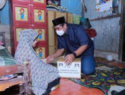Bupati Maros Berikan Bingkisan untuk Duafa di Momentum Malam Takbiran