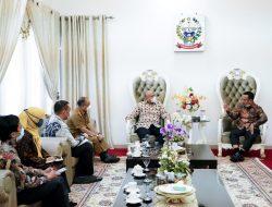 Plt Gubernur Sulsel Tak Mau Ada Persaingan Usaha Retail Modern dan Tradisional di Desa