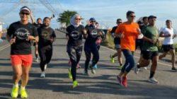 Lari Pagi Bersama NRVC Club, Sandiaga Uno Kagum Keramahan Warga Makassar