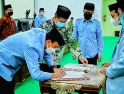 Wujudkan Daerah yang Religius, Ketua DPW Lantik Pengurus DPD BKPRMI Soppeng