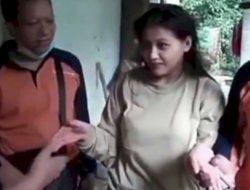 Gadis Cantik Asal Ponorogo Idap Gangguan Jiwa Pasca Dikhianati Sang Kekasih