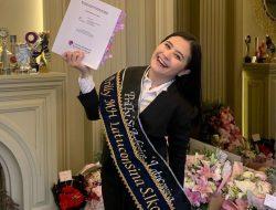 Berhasil Raih Gelar S.Ikom di Universitas Indonesia, Prilly Latuconsina: Momen Penuh Emosi