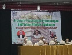 Gelar Sosialisasi Perundungan, SMA Islam Athirah 1 Makassar Hadirkan Kacabdis Pendidikan Wilayah II