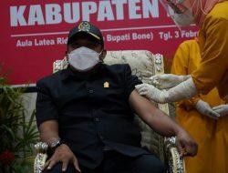 Ketua DPRD Bone: Masyarakat Jangan Takut Divaksin Covid-19