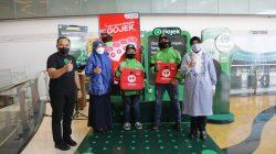 Ketua TP PKK Kota Makassar Apresiasi Pengadaan Tas Pengantaran Makanan Gojek