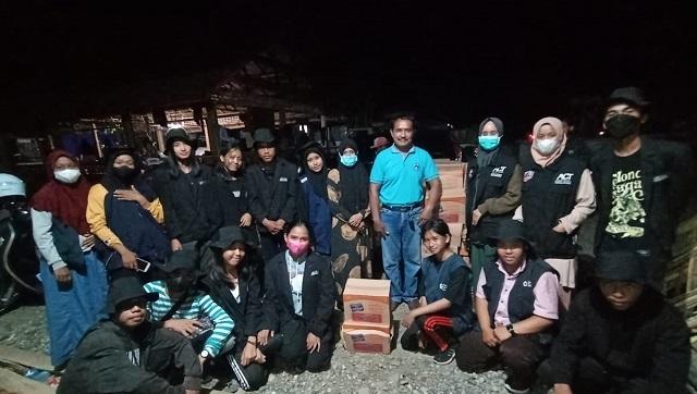 iswa SMK Kristen Padang Sappa Salurkan Bantuan Kemanusiaan