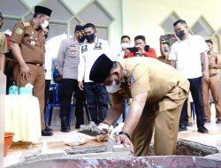Bupati Bone Sumbangkan Sebanyak 200 Sak Semen untuk Pembangunan Masjid Istiqbal Sibulue